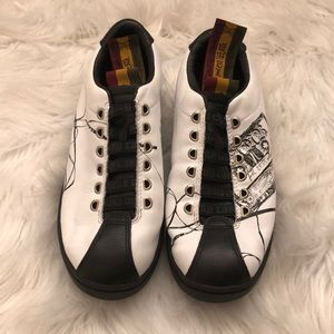 L.A.M.B. Sneakers Vintage